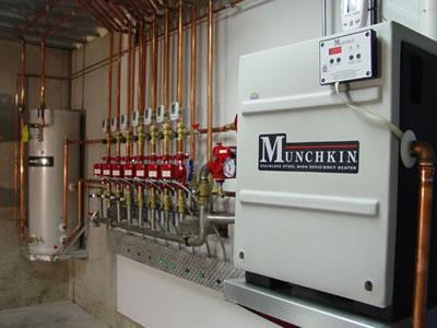 Ziemlich Munchkin Heißwasserbereiter Fotos - Elektrische ...